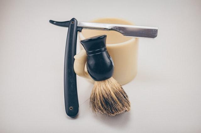 Gaveæske med barbergrej til mænd